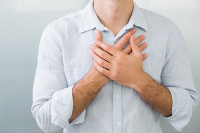 A man experiences symptoms of copd