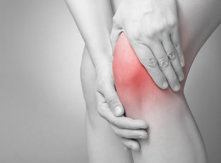 a person who wants to know about knee pain information