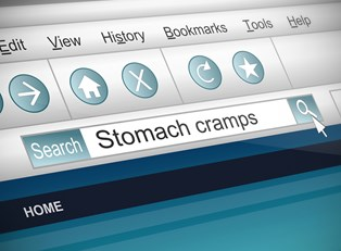 stomach cramps are a symptom of ulcerative colitis