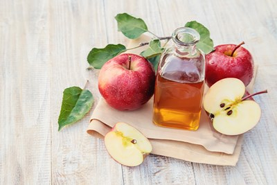 The Pros and Cons of Using Apple Cider Vinegar