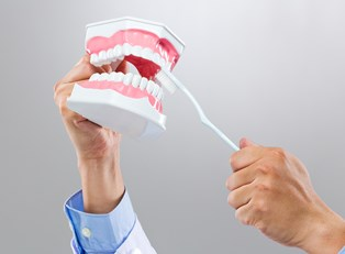 Simple Maintenance Tips for Dentures