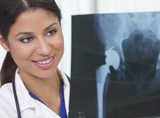 Hip Replacement Surgery: Finding a Surgeon
