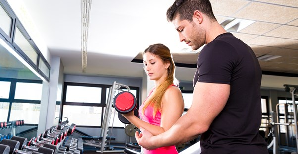 a woman who knows what questions to ask a personal trainer