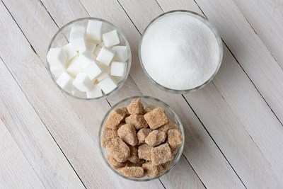 Understanding the Differences Between Natural and Refined Sugar